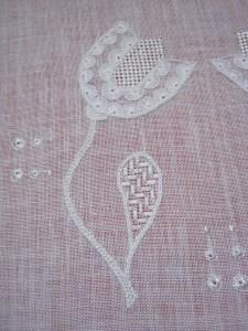 ルポワン刺繍 花